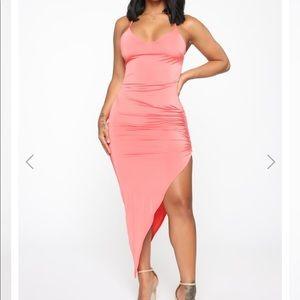 *NEW WITH TAGS* fashion nova dress